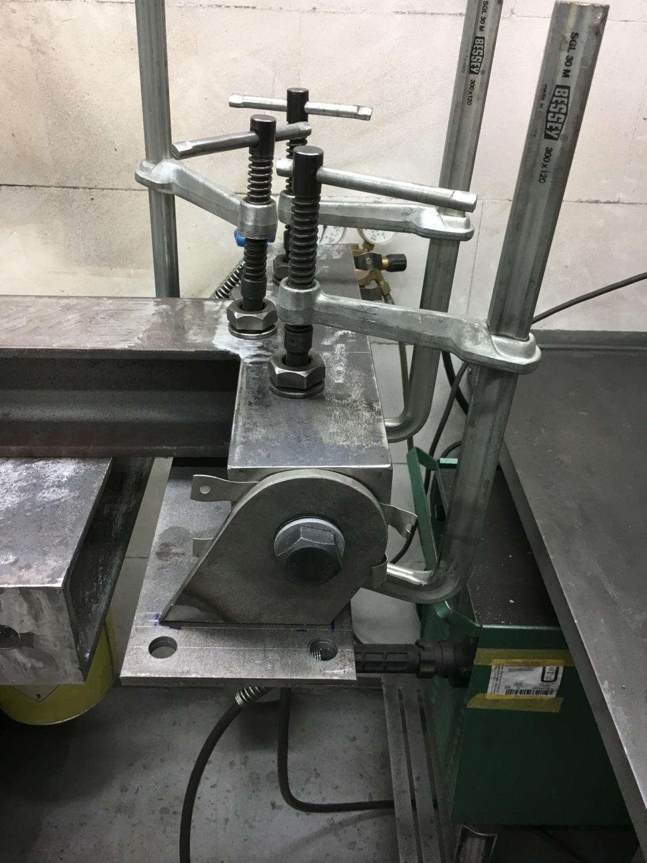 Stahltreppe – Flansche und Stützen – Teil I