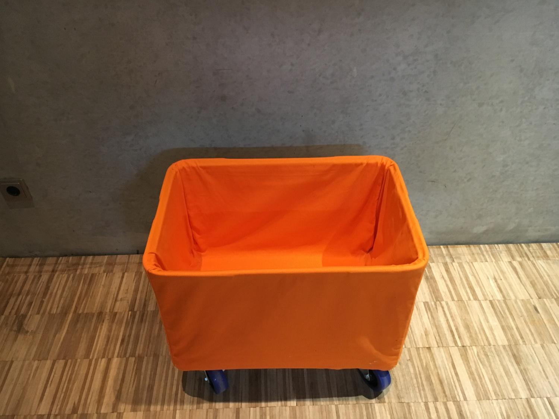 Mobile Box für Wäsche